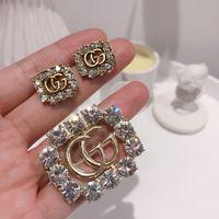 blazer feminino venda por atacado-2019-coreano broche carta ouro pino quente senhoras broche blazer inserir o envio gratuito de jóias de diamantes completa
