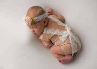 ingrosso v ragazza carina foto-Moda bambino appena nato pizzo pagliaccetto Cute Girl petti pagliaccetti morbida tuta infantili foto artistiche costume swaddle Abbigliamento Body 0-3M