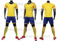 leere team-uniformen großhandel-Männer Fußballtrikots Set Fußballtrikots Trainingsanzüge Uniform für leere benutzerdefinierte Teamspiel Fußballtrikots Set Customzied1