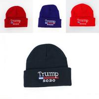 ingrosso ricamati i cappelli di snapback personalizzati-4 colori 2020 Trump Cappello Elezione Cap bandiera americana ricamato maglia Berretti campagna elettorale Berretti personalizzati Cappelli M650F