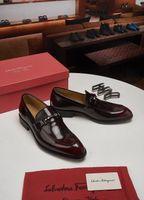 top schuhe leder spitz großhandel-Top luxuriöse Mode Spitz Business Hochzeit Lackleder Oxford Schuhe Männer Formale Für Männer Kleid Schuhe Dropshipping