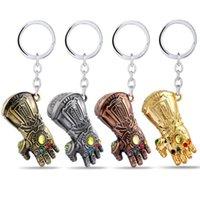gold schlüsselanhänger für männer großhandel-Film Infinity War Thanos Infinite Power Handschuh Gauntlet Gold Männer 3D Modell Schlüsselanhänger Schlüsselanhänger Spielzeug für Kinder