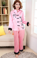 ingrosso orsacchiotto porpora sexy-All'ingrosso rosa tradizionale cinese donne seta Pajamas Set ricamo Pigiama Suit Casa Wear Suit Tang Sleepwear Fiore 2PCS M L XL WP002