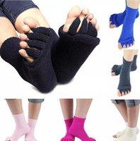 Wholesale anklet toe resale online - Yoga Massage Socks Health Five Toe Socks Women Sports Fitness Sock Gym Dance Hosiery Floor Sleep Socks Foot Non Slip Anklet Pairs