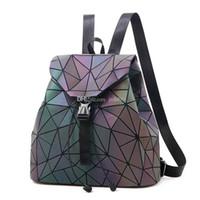 kız okul sırt çantaları satılık toptan satış-Sıcak Satış Yeni Aydınlık Kadın Sırt Çantaları Kadın Moda Kız Günlük Sırt Çantası Moda Kadın Geometri Paket Katlama Çantaları Okul Çantası Kızlar Için
