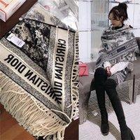 bufanda de invierno unisex al por mayor-Bufanda de lana nueva de invierno bufanda de lana gruesa de invierno estilo de flecos largos mantón de lujo de mujer 180 * 70cm