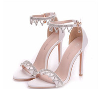 Wholesale 2020 Glittering Crystal Wedding Shoes For Bride Rhinestones Pumps Cheap Bridal Shoes Open Toe Beaded