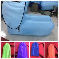 sueño inflable al por mayor-Bolsa de aire perezoso inflable Bolsa de dormir para acampar Sofá de aire portátil Cama de playa Bolsa de aire para dormir inflable con sombrilla LJJK1633
