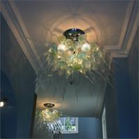 araña decorativa grande al por mayor-Diseño de boda Venta caliente Lámpara de araña grande de cristal Español Multicolor Lámparas de vidrio decorativas únicas de diseño para escalera