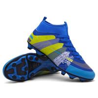 tamaño niños fútbol al por mayor-Tamaño 31-43 Zapatos de fútbol para hombre Zapatos de fútbol al aire libre a prueba de agua de tobillo alto Hombres Niño Niños Fútbol Zapatos deportivos