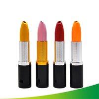 suministros para lápiz labial al por mayor-Barra de labios de aleación de tubos de metal portátil lápiz labial Shaped fumadores tubos pequeños artículos de fiesta Tabaco para el regalo Hombres Mujeres Estilo creativo 4xbc H1