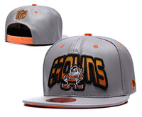 ingrosso cappelli da team di beanie-2019 Cleveland Cappelli regolabili Brownse Ricamo Logo squadra Snapback Tutti Team Wholeasle Knit Cappelli Cappellini Taglia unica