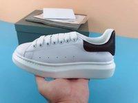chaussures de dressage pour garçon achat en gros de-Nouveau designer de mode chaussures en cuir véritable Designer Sneaker marque de luxe chaussures de loisirs femme homme dame garçon fille chaussure meilleure robe chaussure chaussure de randonnée