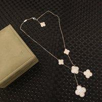 ingrosso fascini per foglie di gioielli-Alhambra S925 di lusso in argento pieno cristallo Five PCS Four Leaf Clover Collana pendente di fascino per i monili delle donne