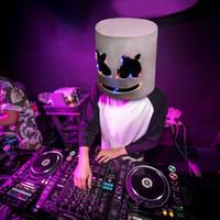 neuheit bar lieferungen großhandel-1 STÜCK DJ Marshmallow Helm Hip Hop Weiß Helme Karneval Party Cosplay Prop Bar Beleuchtung DJ Masken Marshmellow Neuheit Party Maske Liefert