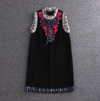 schwarze spitzenstickerei großhandel-Gesticktes Kleid-Qualitätsmarken-Entwerfer-Schwarz-weißes Spitze-Kleid mit Stickerei-Sommer-eleganten Luxusbogen-Paillettenkleidern