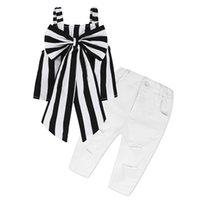 filles sans vetements achat en gros de-2019 vêtements pour enfants rayés avec un grand trou de pantalon blanc vêtements pour enfants costume pour fille costume à rayures chemise + pantalon 2 pièces sans