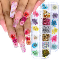 12 Grid Dried Flower Glitter Sequins Nail Art Decals Kits Dry Mini Real Natural Flowers Supplies 3D Applique Decoration Sticker for Tips Manicure Decor