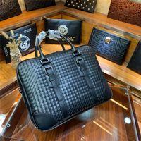 homens marca designer couro genuíno venda por atacado-Mão de malha marca designer pastas nova chegada de alta qualidade sacos de negócios para homens sacos de laptop de negócios de couro genuíno