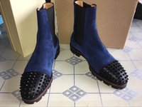 kırmızı kısa topuklu toptan satış-Lüks Erkekler Çizmeler Kırmızı Alt Orta Çizmeler Tasarım Erkekler Ayak Bileği Çizmeler alçak Topuklu Hakiki Deri Süet Perçinle Kavun Spike Düz Kısa Şövalye Boot