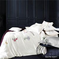 azul púrpura flores ropa de cama al por mayor-TUTUBIRD-Lujo bordado blanco púrpura 3D juegos de cama gris azul rojo ropa de cama flor hoja de cubierta de edredón 100% algodón 4 unids
