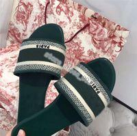 Wholesale Paris Hococal Designer Scuffs Women Slipper Summer Sandals Beach Slide Slippers Girls Flip Flops Loafers Vintage Embroidered Floral Slippers