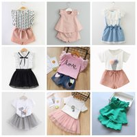 kız bebek kıyafeti tişört tasarımı toptan satış-42 tasarımlar bebek kız yaz kıyafetler şort veya etek ile T-Shirt 2 adet giyim seti kız casul suit