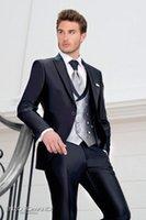 ingrosso pantaloni lucidi blu-Smoking dello sposo Eccellente Blu navy Shiny Smoking da uomo smoking Giacca da uomo con risvolto picco Giacca popolare Prom / Dinner (Jacket + Pants + Vest + Tie) 67