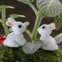ingrosso ornamenti in miniatura-Lovely Resin Plants Rabbit Cute Micro Landscape Succulent Ornaments Decorazione di piante Garden Miniature DIY Doll