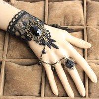 pulseras góticas para mujer al por mayor-Al por mayor-gótica al por mayor gran joya de piedra de encaje negro pulseras de joyería de moda las mujeres vampiro cosplay mano pulseras B110