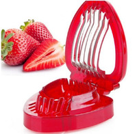 fraise achat en gros de-Fraise Trancheuse En Plastique Fruits Sculptant Outils Salade Cutter Berry Fraise Gâteau Décoration Cutter Ustensiles De Cuisine En Plastique Fruit Sculptant Outils