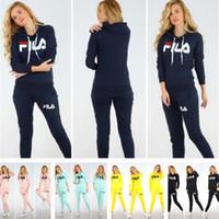 slim yoga stfit women venda por atacado-Marca Outono Com Capuz Sportwear Two Piece Outfits Mulheres de Luxo Designer de Treino Letras Imprimir Hoodies Moletons com Calças Leggings C8805