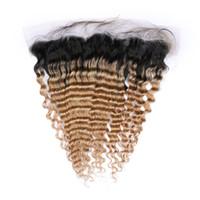 14 cabellos vírgenes al por mayor-Deep Wave # 1B / 27 Honey Blonde Ombre Virgin Brasileño Cordón de encaje humano Cierre frontal 13x4 Ombre Marrón claro De oreja a oreja Frontales de encaje