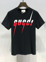 yapay elmas gömlek toptan satış-114 Moda Yaz 2019 Marka Giyim Erkekler Yaz Kısa kollu T Gömlek Erkekler Moda Rahat Tişörtleri Rhinestone Baskılı Nefes T-shirt