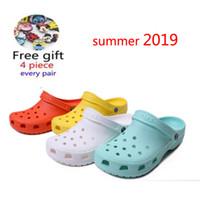 Wholesale garden sandal women resale online - RYAMAG Slip On Casual Garden Clogs Waterproof Shoes Women Classic Nursing Clogs Hospital Women Work Medical Sandals LY191203