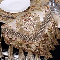 tischläufer textilien großhandel-European Luxury Modern Minimalist Table Runner Tischdecke Bestickte Tischläufer Flag Dinner Mats Heimtextilien Tischläufer