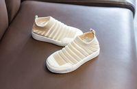 bebek ilk yürümeye başlayan ayakkabı pembe toptan satış-Çocuk Bebek Tasarımcısı İlk Walker Çocuk Erkek Çocuk Ayakkabısı Beyaz Bej. Kırmızılar Pembe Siyah Ayakkabılar Nefes Alabilir Yeni 2019 Big First Walker