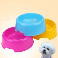 köpek gereçleri toptan satış-Ekonomi Plastik Pet Bowl Şeker Renk Köpek Çanaklar Yuvarlak Tek Gözlü Kedi Köpek Bowl Gıda Çanaklar Pet Gereçler Rice Bowls EEA1223-4