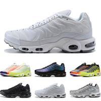 ayakkabı renk gümüş toptan satış-nike air vapormax tn plus 2020 Yeni erkekler için koşu ayakkabıları üçlü beyaz siyah Volt Renk Çevirme HYPER CRIMSON Gümüş moda Atletik spor sneakers eğitmenler boyutu 40-46