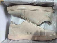 sapatas lisas do couro azul marinho venda por atacado-Cáqui Couro Fino Casual Sapatos com Sola Vermelha Red Bottom Suede Sneaker Júnior Mens Flat Low Cut Sneaker Skateboard Shoes Moda Navy Blue Grey