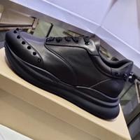corredores vintage al por mayor-2020 diseño de triple s Red Runner inferior zapatillas de deporte de la vendimia del papá de los zapatos blancos de lujo del cuero genuino Spikes para mujer para hombre de los zapatos corrientes de Big