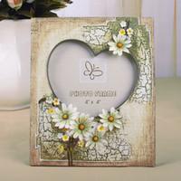 15 bilderrahmen großhandel-Geschenkanhänger Rustikale Bilderrahmen Gänseblümchen Dekor Harzrahmen für Mutter Geschenk Hochzeit Geburtstagsgeschenk # 15