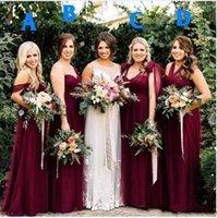 vestido de dama de honor de la boda del color de la mezcla al por mayor-2019 Nuevos vestidos de dama de honor de color burdeos mezclados baratos vestido de fiesta Hombro con cuello en V Halter Tulle Country Long Party Invitado de boda