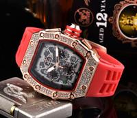 cajas de relojes para mujeres al por mayor-Reloj de los deportes caja de acero inoxidable negro reloj de movimiento de cuarzo diamantes de imitación de los relojes de los hombres de las mujeres de lujo y moda real correa de caucho