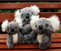koala bebekleri toptan satış-Noel 16cm Yeni Geliş Süper Sevimli Küçük Koala Bear Peluş Oyuncak Macera Koala Bebek Doğum Noel Hediyesi PT024 Karikatür