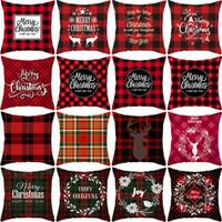 xmas yastık toptan satış-Evi Noel Kırmızı Siyah Buffalo Kareli Yastık Kılıfı Kar Geyik kar tanesi Noel Ağaçları Tatil Dekoratif Yastık Kapak Let It atın