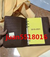 hochwertige notebooks großhandel-Neue Mens Fashion Classic Casual Kreditkarte ID Halter Qualität Notebook Ultra Slim Brieftasche Paket Für Mans / Womans