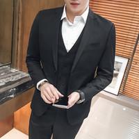 смокинг для мужчин красный черный цвет оптовых-Чистый цвет Формальный мужской пиджак пиджак с жилетом и брюками Черный красный серый синий Мужской костюм смокинг 3 шт. Размер Азии Terno Masculino