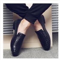 ingrosso scarpe da ginnastica in acciaio inghilterra-2019 scarpe da uomo da uomo piccola pelle intrecciata per il tempo libero scarpe beanshoes Inghilterra scarpe a punta con grandi scarpe eu 38-48