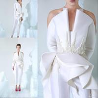 dantel uzun kollu tulumlar toptan satış-Moda AzziOsta Beyaz Gelinlik Modelleri V Yaka Uzun Kollu Kadınlar Jumpsuit Dantel Aplikler Boncuk Custom Made Abiye Nişan Elbiseleri
